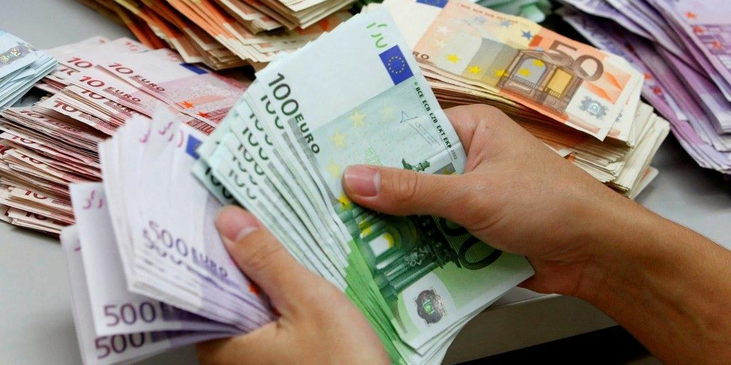 Деньги для участия