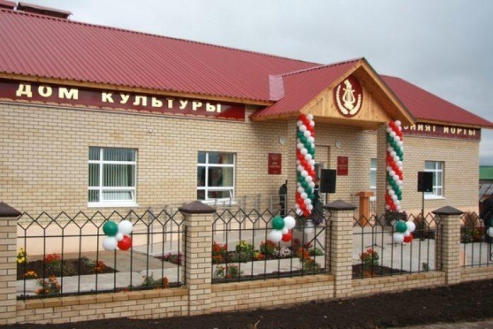 Дом культуры в деревне