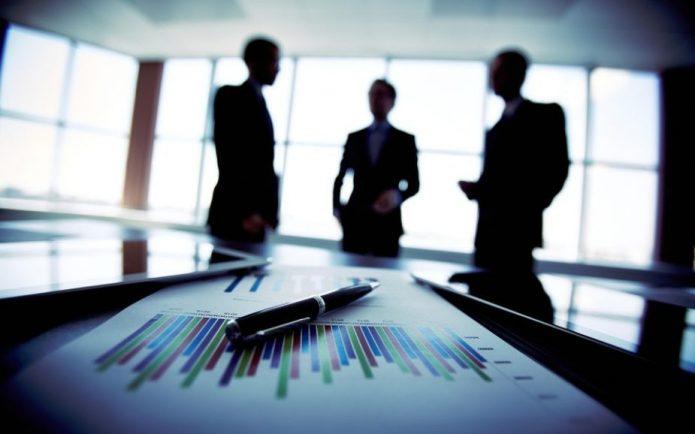 Бизнесмены и графика