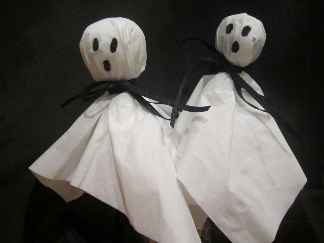 Привидения из конфет «Чупа-чупс»