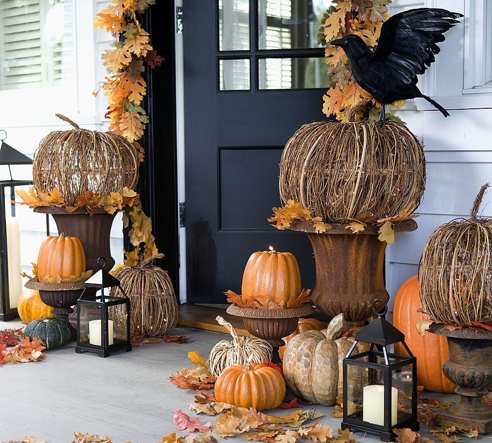 Оформление двери на Хэллоуин