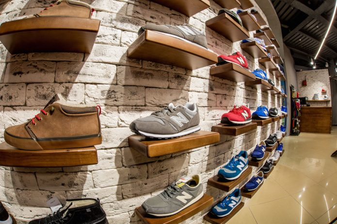 Брендовый магазин обуви
