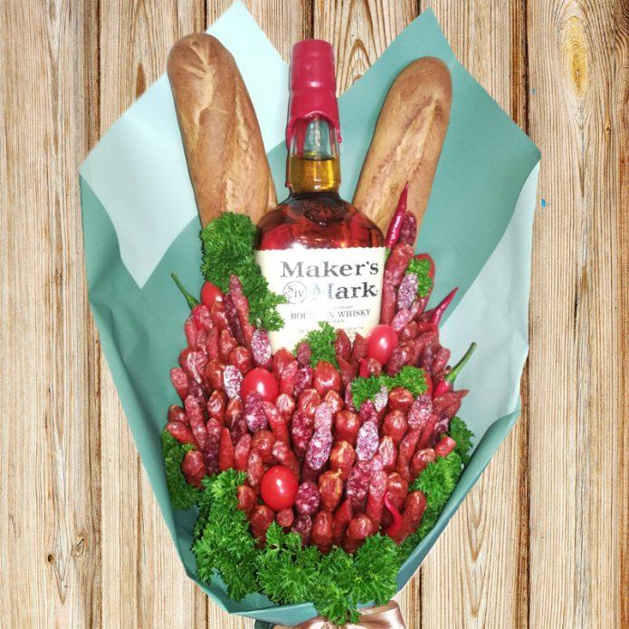 Букет из колбасы и алкоголя