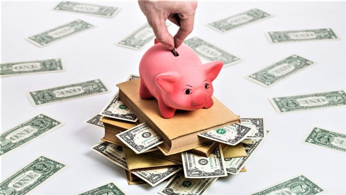 Копилка и доллары