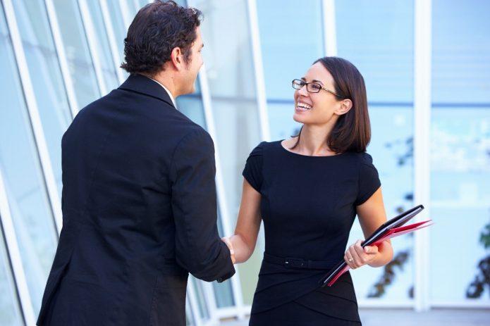 Мужчина и женщина договариваются