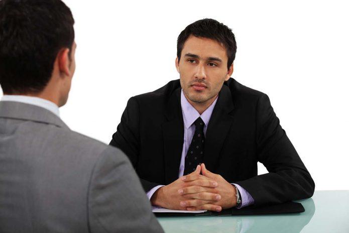Беседа двух мужчин