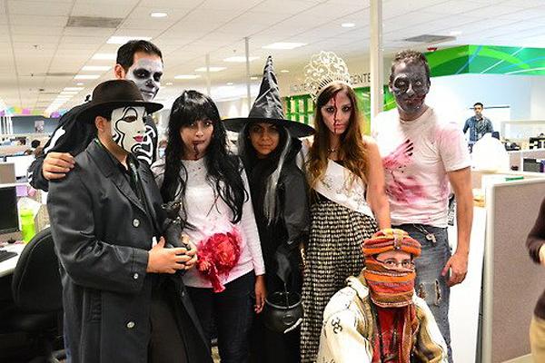 Костюмы для сотрудников на Хэллоуин