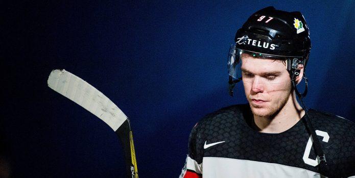 самый высокооплачиваемый хоккеист в мире