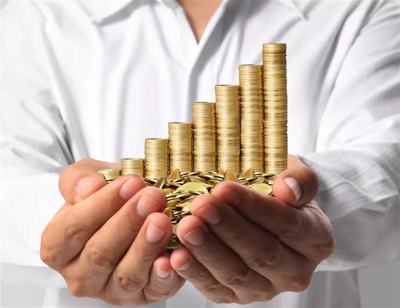 Деньги должны работать: куда вложить 10000 рублей, чтобы заработать