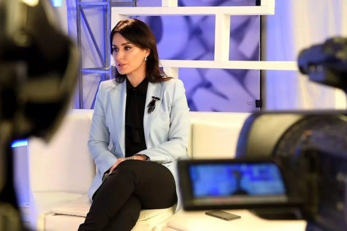 Тина Канделаки на телевидении