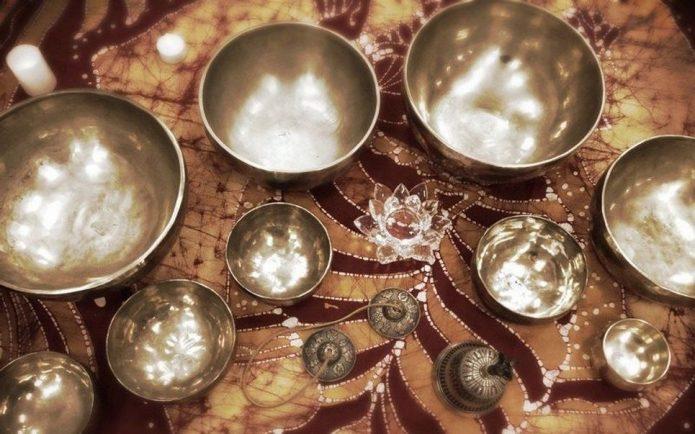 «Поющие» чаши