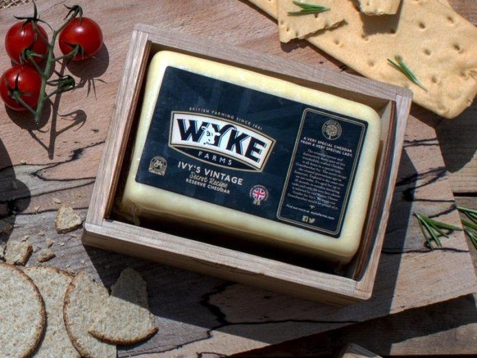 Сыр Wyke Farms Cheddar