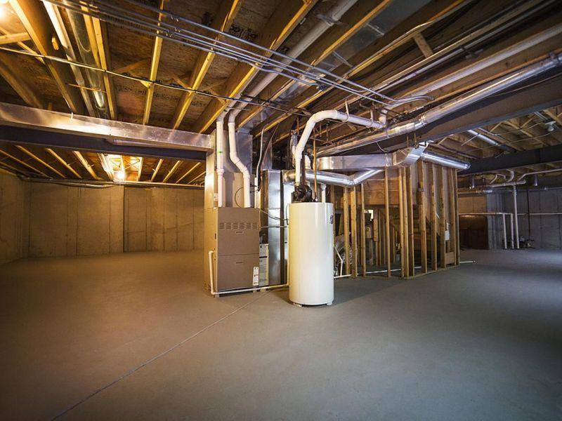 Какой бизнес можно открыть в арендованном подвале: пять лучших идей