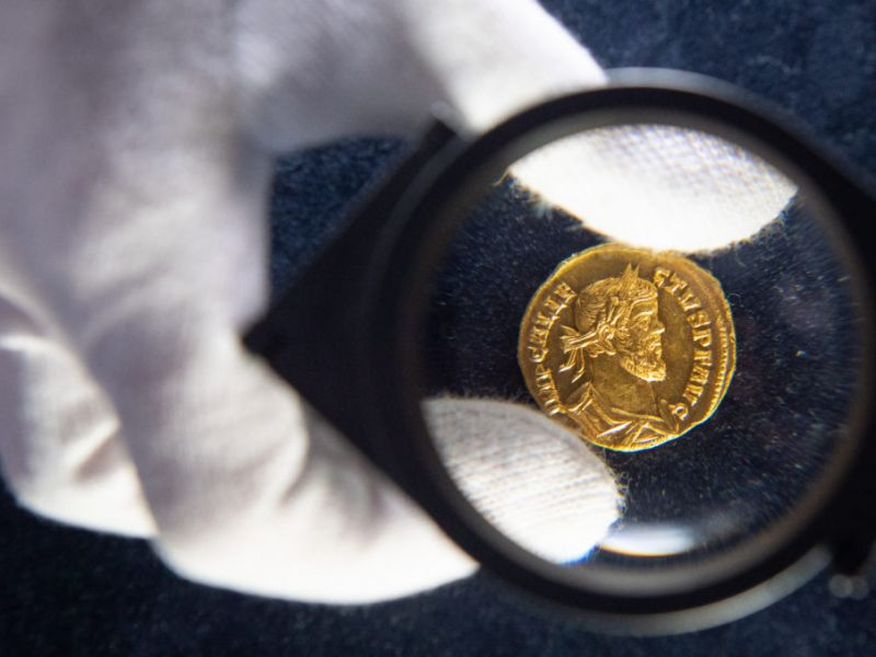 Простые способы проверки подлинности золотой монеты