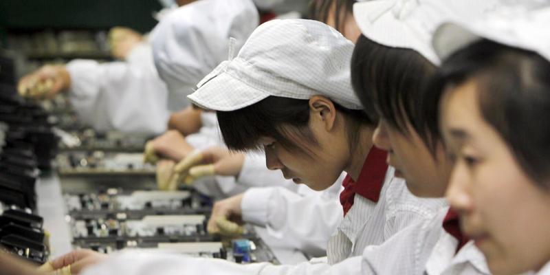 Apple из Китая перебирается во Вьетнам