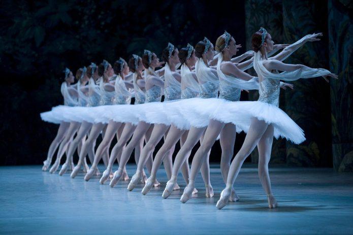 Балетная массовка