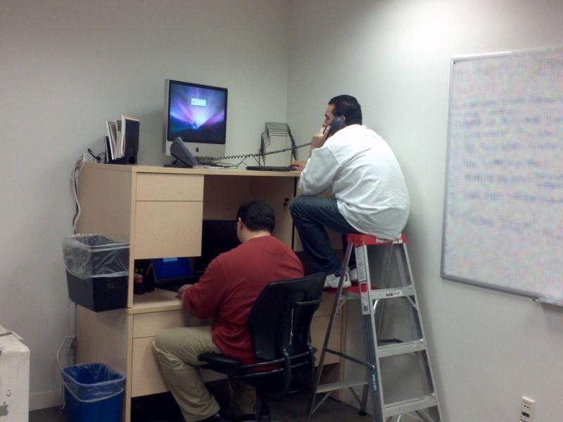 Забавные случаи в офисе: радость каждого рабочего дня