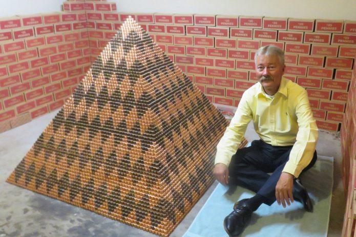 Кори Нильсен с пирамидой